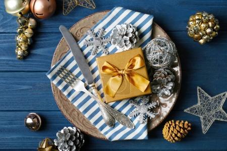 Photo pour Beau cadre de table de Noël avec des décorations - image libre de droit