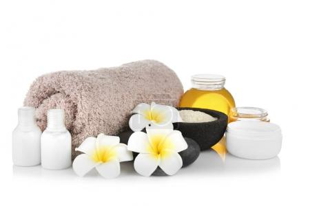 Spa setting with honey and nutrient cosmetic