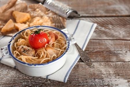 Bowl with tasty chicken spaghetti