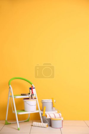 Set of tools and paints