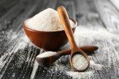 Dekorační lžíce a misku s cukrem