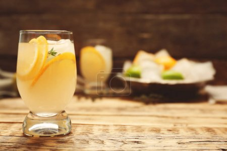 Refreshing cocktail with lemon