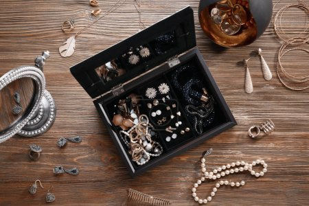 Jewelry accessories in box