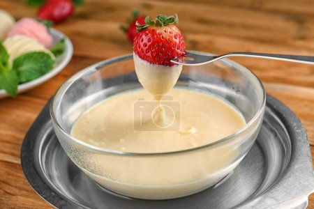 strawberry dipped in white chocolate