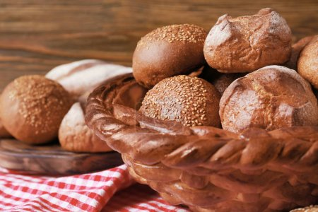 Baked basket with rye buns