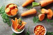 """Постер, картина, фотообои """"Миски с вырежьте морковь"""""""
