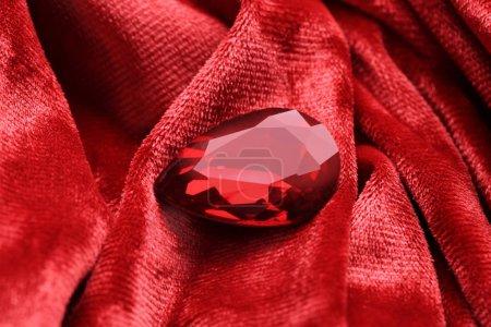 Precious stone for jewellery