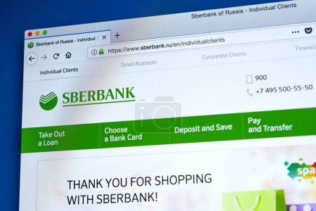 Photo pour Londres, Uk - 25 janvier 2018: La page d'accueil du site officiel de Sberbank - le russe appartenant à l'état bancaire et financier société de services, le 25 janvier 2018. - image libre de droit