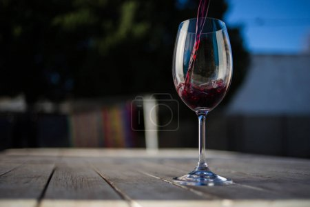 glass of red whine