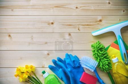 Photo pour Concept de nettoyage. Ménage, hygiène, printemps, tâches ménagères, nettoyage, fournitures de nettoyage - image libre de droit