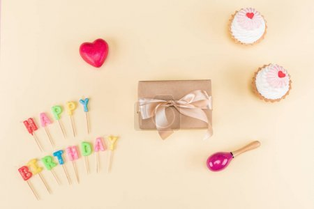Happy birthday lettering and cakes