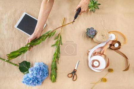 florist cutting stem