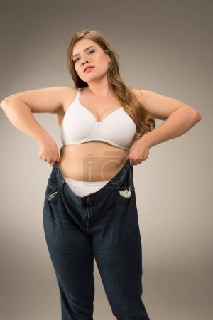 overweight woman waering jeans