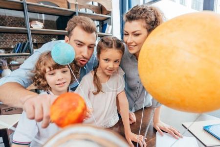 family making solar system model