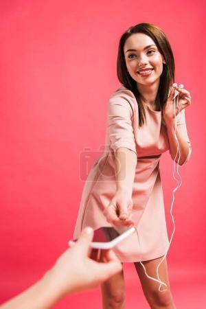 mother plugging earphones