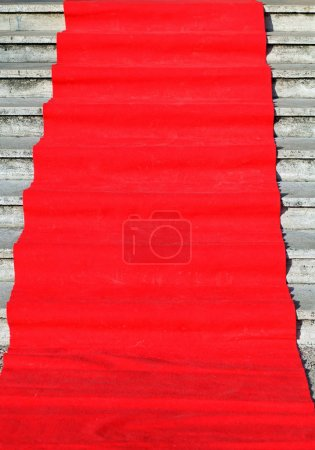 Elegant long red carpet on the waiting for the arrival of vips