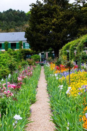 giverny claude monet garden