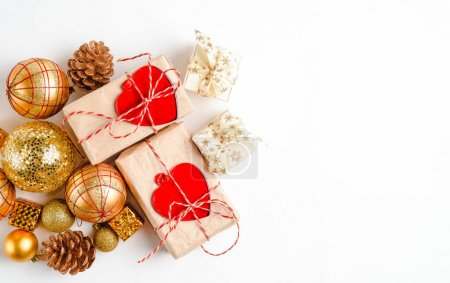 Photo pour Christmas holiday background with gift boxes. Top view from above on white background - image libre de droit