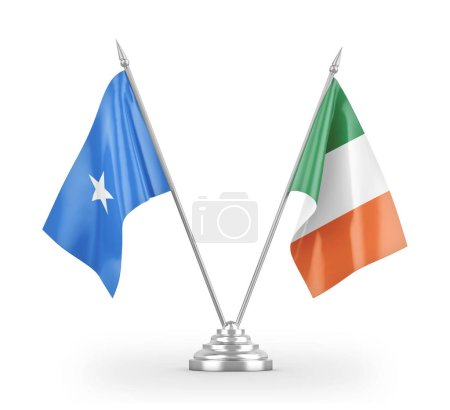 Photo pour Irlandais and Somalia table flags isolated on white background 3d rendering - image libre de droit
