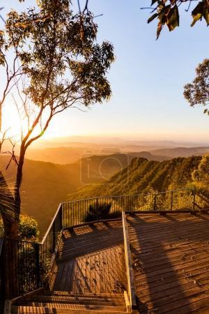 Photo pour Coucher de soleil depuis l'arrière-pays de Gold Coast, Queensland, Australie - image libre de droit