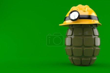 Photo pour Casque de mineur avec grenade à main isolée sur fond vert - image libre de droit