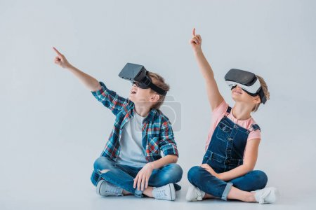 kids using virtual reality headsets