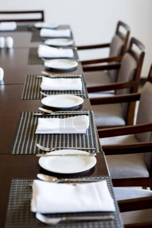 Table setting for catering