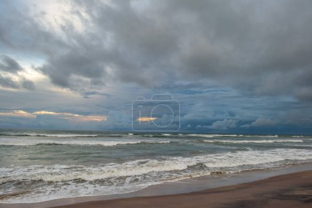 cloudy sky over sea