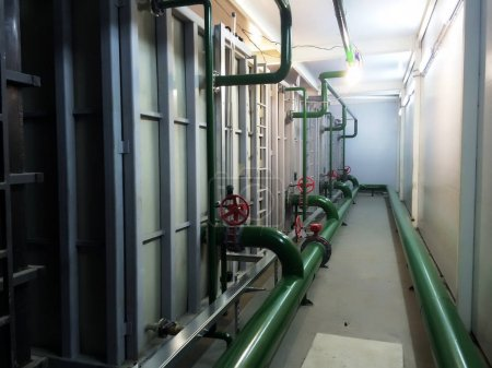 Industrial equipment interior of plastic tanks manufacturer