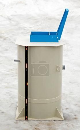 European autonomous 430L septic system with a building level