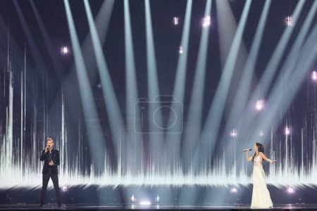 Photo pour KYIV, UKRAINE - MAY 10, 2017: Koit Toome & Laura from Estonia  at the second semi-final rehearsal during Eurovision Song Contest, in Kyiv, Ukraine - image libre de droit
