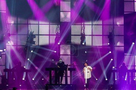 Photo pour KYIV, UKRAINE - 12 MAI 2017 : Jowst de Norvège à la grande répétition finale du Concours Eurovision de la chanson, à Kiev, Ukraine - image libre de droit