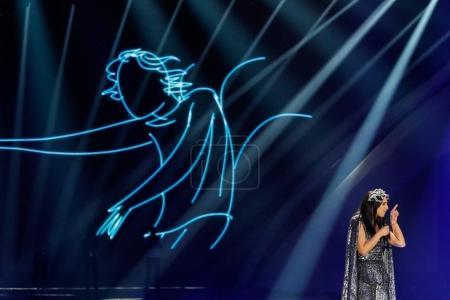 Photo pour Kiev, Ukraine - 12 mai 2017: Jamala d'Ukraine à la répétition de la grande finale durant le concours Eurovision de la chanson, à Kiev, Ukraine - image libre de droit