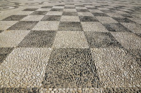 Pattern on the floor with stone