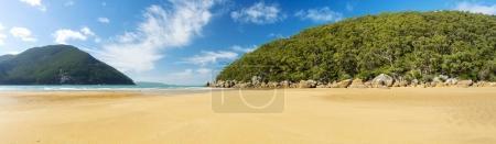 Photo pour Panorama de chasseurs Cove beach dans le Parc National de Wilsons Promontory, Victoria, Australie - image libre de droit