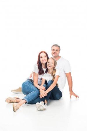 Foto de Sonriendo la familia pasar tiempo juntos, aislados en blanco - Imagen libre de derechos