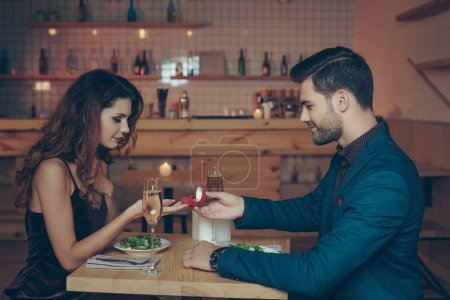 Man proposing to girlfriend