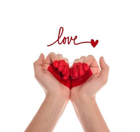Photo pour Photo recadrée de mains humaines avec le symbole du cœur isolé sur blanc - image libre de droit