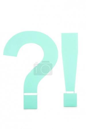 Foto de Cerrar vista de pregunta y exclamación aislada en blanco - Imagen libre de derechos