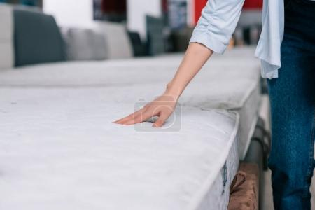 touching orthopedic mattress