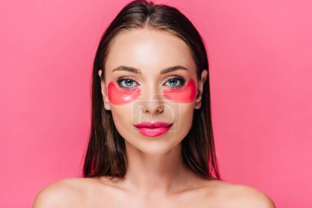 Photo pour Naked beautiful woman with eye patch on face isolated on pink - image libre de droit