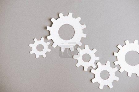 Foto de Vista superior de las artes blancas sobre fondo gris - Imagen libre de derechos