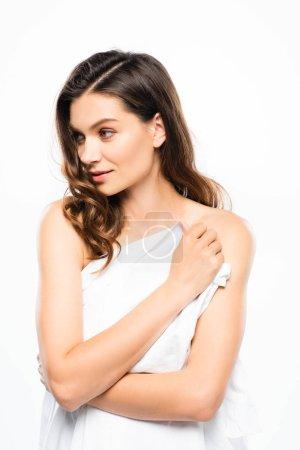 Photo pour Jolie femme tendre à la peau parfaite, isolée sur blanc - image libre de droit