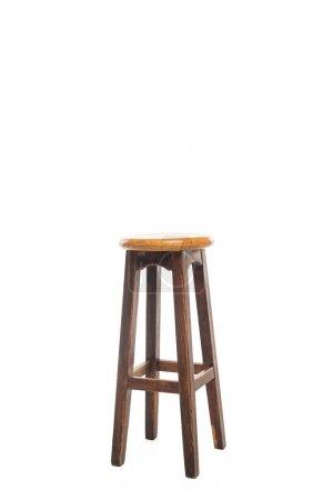 Photo pour Tabouret en bois brun avec espace de copie isolé sur blanc - image libre de droit