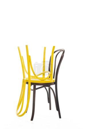 Photo pour Chaises modernes en bois avec espace de copie isolé sur blanc - image libre de droit