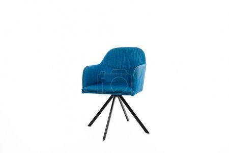 Photo pour Fauteuil confortable avec tissu bleu isolé sur blanc - image libre de droit