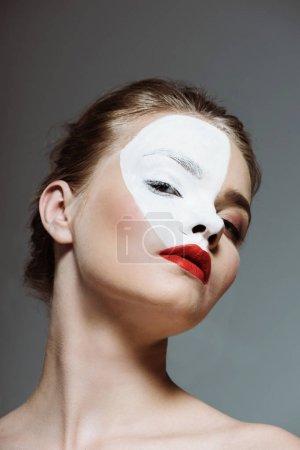 girl with bodyart on face