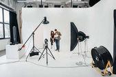 """Постер, картина, фотообои """"фото студия с осветительным оборудованием"""""""