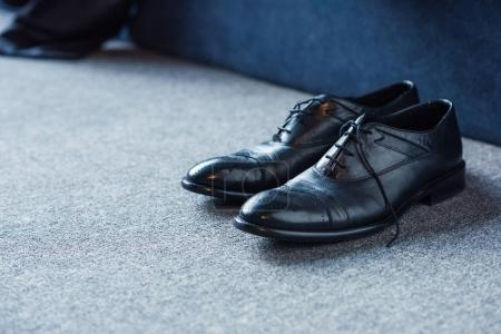 Male leather shoes