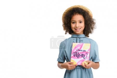 Photo pour Beau petit enfant avec carte de vœux de la fête des mères isolé sur blanc - image libre de droit